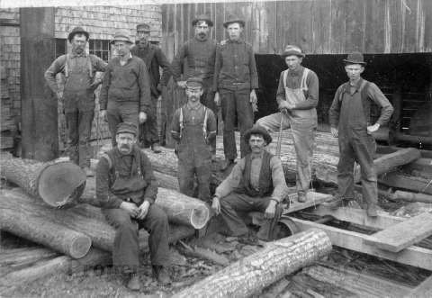 Sawmill_workers_Howes