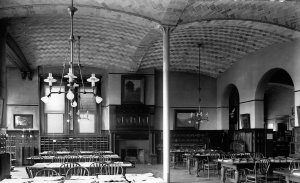 Photograph of the interior of the library showing the Guastavino arches